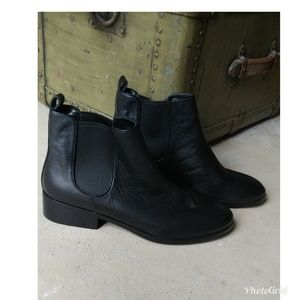 Chelsea Ankle Boots 10
